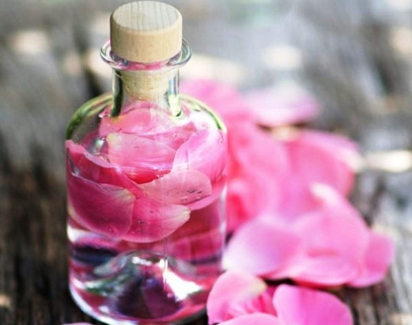 как сделать розовую воду в домашних условиях