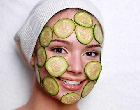 Увлажняющие, отбеливающие и др. маски из огурца для