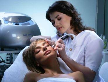 процедура микродермабразии фото